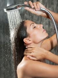 shower-rinsing