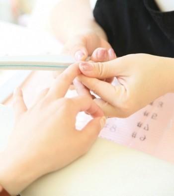 nail-massage